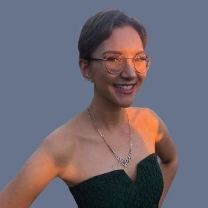 Isabelle R